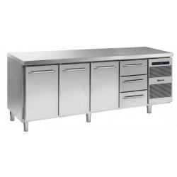 GRAM Kühltisch GASTRO K 2207 CSG A DL/DL/DL/3D L2