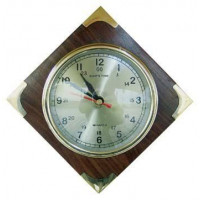 Sea Club Uhr im Holz