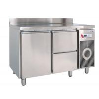 Tiefkühltisch TKTF 2220 M mit Arbeitsplatte und Aufkantung von KBS