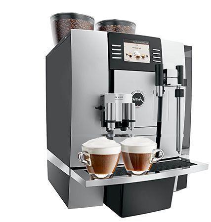 Jura Kaffeevollautomaten Jura GIGA X und Jura IMPRESSA werden in der Gastronomie und im Büro eingesetzt