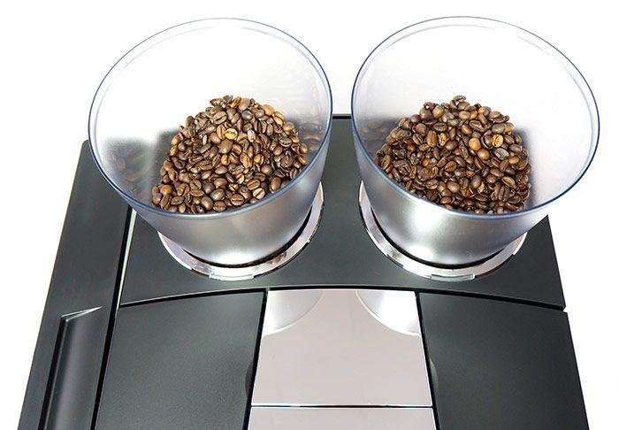 Kaffeebohnen in der JURA Giga X7